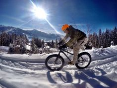 Das Fatbike garantiert dir auch im Winter den Spaß am Radfahren! #winter #schladming #fatbike Parks, Bicycle, Motorcycle, Vehicles, Holiday Photos, Bicycling, Alps, Bicycle Kick, Bike