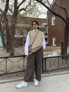 Korean Outfits, Mode Outfits, Retro Outfits, Cute Casual Outfits, Vintage Outfits, Girl Outfits, Fashion Outfits, Vintage Fashion, Looks Street Style