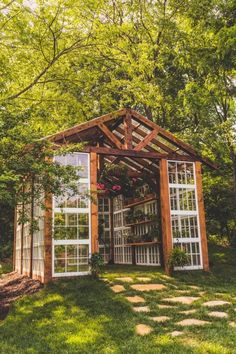 We're Calling It: Tiny Greenhouses Are the New She Sheds Kleine Gewächshaus-Hinterhof-Ideen Diy Greenhouse Plans, Outdoor Greenhouse, Greenhouse Gardening, Outdoor Gardens, Greenhouse Wedding, Vegetable Gardening, Homemade Greenhouse, Large Greenhouse, Old Window Greenhouse