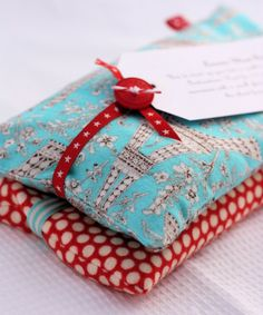 Homemade Heating Packs with Lavender ~ This simple sewing project makes a useful get well gift, and you can customize it with your choice of aromatherapy for a little extra indulgence.  My preference is lavender, but you can also add mint, eucalyptus, or cloves| A Spoonful of Sugar