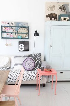 .Pretty color combo. So glad I left Charlie's room white so we can change up her decor as she gets older