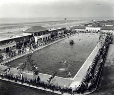 Picture on display at the museum of Liverpool Life taken from the Stuart Bale archive and showing Wallasey Open Air Bathing Pool in 1932 Liverpool Museum, Liverpool Life, Liverpool City Centre, Liverpool History, Old Pictures, Old Photos, Chester City, New Brighton, Southport