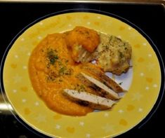 A csirke legjava: csirkemell és csirkecomb | Receptek | Mindmegette.hu Green Eggs And Ham, Hungarian Recipes, Thai Red Curry, Nom Nom, Cake Recipes, Bacon, Food And Drink, Lunch, Dishes