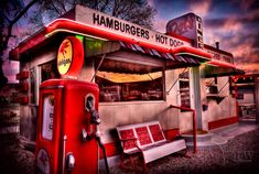 Dots Diner in Bisbee Arizona. I love the photography from www.youngsnowbirds.com