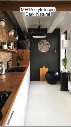 Budget Home Decorating, Style Deco, Cuisines Design, Black Kitchens, Home Decor Kitchen, Black Kitchen Decor, Kitchen Walls, Modern Kitchen Design, Kitchen Designs