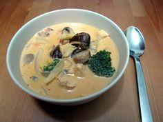 מרק עוף וקוקוס תאילנדי » אפונים - בלוג מתכונים בריאים