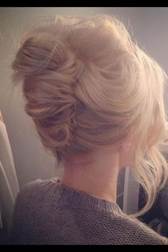 "French twists are my fav & the ""messy"" French twist looks more modern & fun. Great hair styles & colors in here Love Hair, Great Hair, Gorgeous Hair, Pretty Hairstyles, Wedding Hairstyles, Bridesmaid Hairstyles, Everyday Hairstyles, Formal Hairstyles, Hairstyles 2016"