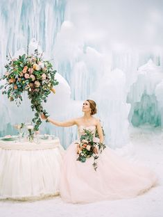 Ice castle wedding inspiration | Blush Wedding | Pink | Roses | Wedding | Bride and Groom | Flowers | #floatingcharm #weddings #bride #bouquet #weddingcharm | www.starlettadesigns.com