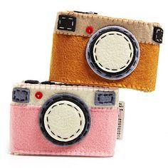 Shop-A-Matic -- New Spring Finds -- Felt Camera Case