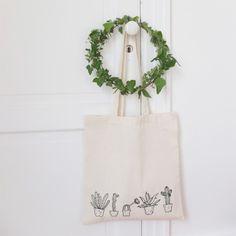 http://esperluette-boutique.fr/983-large_default/tote-bag-cactus.jpg