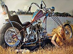 Harley Davidson Vintage photo. Chopper. Bikerbabe. 1969