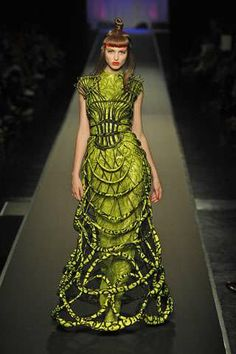 Cage Dresses #haute #couture #fashion #design #dress #green #cage #edgy #runway #designer