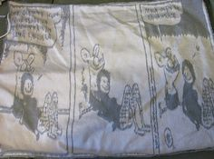 Ensimmäinen kutomatyö, yksinkertainen kangas. Kuva ei ole täysin oikeassa suhteessa. Sidoksenä käytetty satiinia.