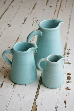 love the colour! Candy Stripes, Needful Things, Tea Pots, Sweet Home, Old Things, Pottery, Ceramics, Interiors, Mavis