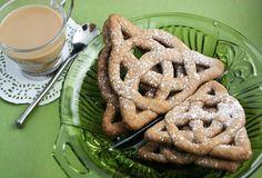 Celtic Knot Cookie Recipe & Tutorial.