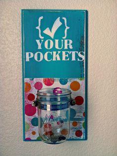 ".: ""Check Your Pockets"" Laundry Helper *TUTORIAL* decor, laundry room, craft, DIY, Organizer, Bright,   Colorful"
