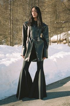 Ellery Pre-Fall 2020 Fashion Show Collection: See the complete Ellery Pre-Fall 2020 collection. Look 10 00s Fashion, Fashion Story, Fashion Week, Runway Fashion, High Fashion, Vogue India, Vogue Russia, Fashion Catalogue, Fashion Show Collection