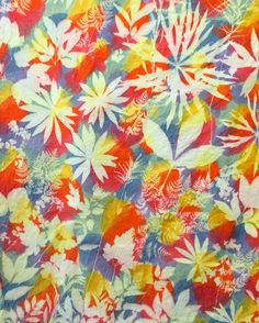 This multicolored #SolarFast print by @nikobanbiko just smacks of #summer, doesn't it? So beautiful, Nichole!
