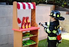 Put out the fire at your obstacle training course!