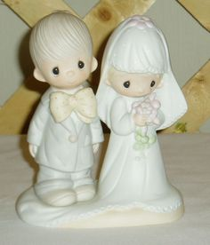 Precious Moments Statuette - The Lord Bless You and Keep You