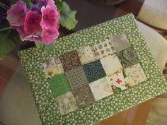 Mug Rug Patterns, Quilt Patterns, Sewing Patterns, Patch Quilt, Quilt Blocks, Quilting Projects, Sewing Projects, Sewing Room Decor, Place Mats Quilted