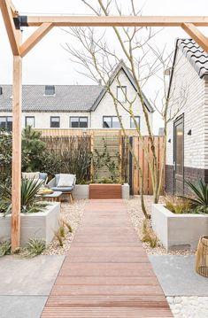 Pergola Ideas For Deck Rooftop Garden, Balcony Garden, Outside Living, Outdoor Living, Dream Garden, Home And Garden, Amazing Gardens, Garden Inspiration, Exterior Design