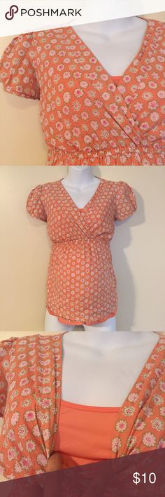 Small maternity top Small maternity top by motherhood maternity. Cute peasant top with coral lined inside tank. Good condition with minimal signs of wash and wear. Bundle for additional savings! Motherhood Maternity Tops