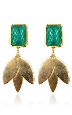 Shop Nicole Romano Green Leaf Earring by Nicole Romano for Preorder on Moda Operandi Jewelry Box, Jewelry Accessories, Fashion Accessories, Fine Jewelry, Jewelry Design, Fashion Jewelry, Family Jewels, Moustaches, Leaf Earrings