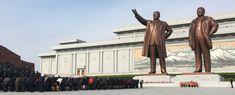 Buigen voor de leiders van het land Land, North Korea, Pisa, Tower, Building, Travel, Rook, Viajes, Computer Case