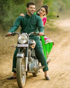 http://www.weddingtweet.com/vendors/sunny-dhiman-photography