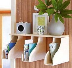 Creative Organization Idea.  Kreativt organiseret hjemmekontor øger dit humør og gøre dig mere produktiv.  http://hative.com/creative-home-office-organizing-ideas/