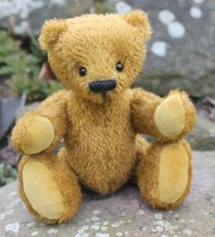 This chap was my entry to Inter/National Teddy Bear Artist Awards 2014 Traditional Bear Class. He came 3rd and is now ADOPTED!