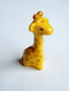 DIY Cute Polymer Clay Giraffe Tutorial AHHHH I want it!