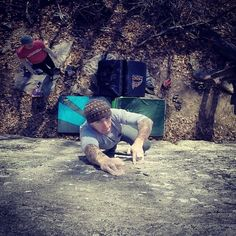 www.boulderingonline.pl Rock climbing and bouldering pictures and news drewview: A route to