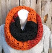 infinity scarf  - via @Craftsy