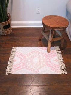 How to make a #DIY Kilim Rug. Great idea! #homedecorideas