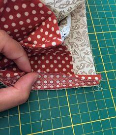 DIY Tutorial in Pictures. Coin Purse Tutorial, Wallet Tutorial, Diy Tutorial, Selling Handmade Items, Handmade Bags, Bag Patterns To Sew, Sewing Patterns, Wallet Sewing Pattern, Tote Pattern