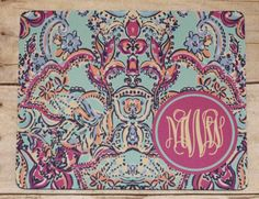 This listing is for a great patterned mousepad with a circle for monogram. Mousepads measure 8 x 8. The design is made through a special printing