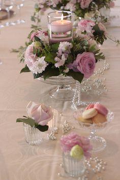 ヨコハマグランドインターコンチネンタルホテル Romantic Pink バラ、トルコキキョウ、ラナンキュラスなどピンクの濃淡がロマンティックな印象