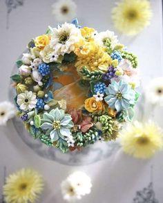Дивовижні торти, прикрашені надзвичайно реалістичними квітами