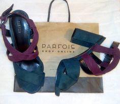 *SANDALES ROYAL ECCENTRIC* Je les adore ! Originales et portables en toute occasion. ILY @parfois_ - Sandales bicolores à gros talons, Parfois, 34.99€.