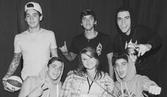 Meet and greet photo with the Janoskians at their Detriot show!❤️ Best day of my life!❤️ #janoskians #gotcaketour