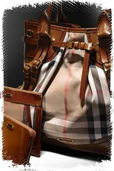 Shop women's bags & handbags from Burberry including shoulder bags, exotic clutches, bowling and tote bags in iconic check and brightly coloured leather Burberry Tote, Burberry Handbags, Burberry Outlet Online, Vogue, Cute Bags, Beautiful Bags, Dame, Jimmy Choo, Leather Bag