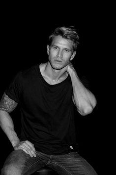 Kevin Skrøder (via Know The Details) S Man, Model Agency, Gorgeous Men, Handsome, Mens Fashion, Unique, Mens Tops, T Shirt, Black Tees