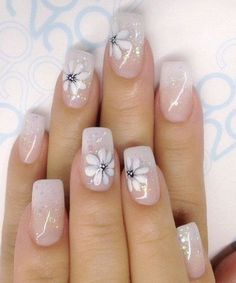 New Artistic Flower Gel Nail Art Designs for Women with High Standards - Beauty Home Gel Nail Art Designs, Elegant Nail Designs, Flower Nail Designs, Flower Nail Art, Elegant Nails, Nails With Flower Design, Nail Art Diy, Diy Nails, Manicure