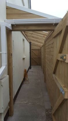 Lean To Roof, Lean To Shed, Garden Gates And Fencing, Fences, Conservatory Decor, Back Garden Design, Modern Shed, Wood Store, Diy Shed Plans