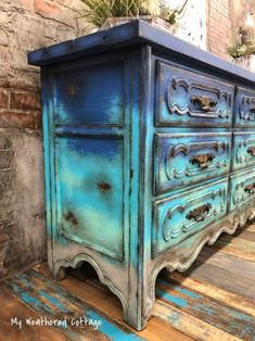 Weathered Furniture, Funky Painted Furniture, Bohemian Furniture, Refurbished Furniture, Colorful Furniture, Paint Furniture, Furniture Makeover, Vintage Furniture, Cool Furniture