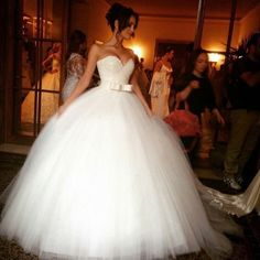 Sparkly Ball Gown Wedding Dresses - White Sweetheart Princess with Bowknow