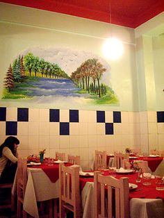 Chan Chan : my local Peruvian restaurant in Congreso with the kitschest wall art. Here i get my regular ceviche, anticucho, tamales and pisco fix.