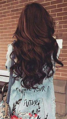 #hair #brownhair #haistyling #hairdesign #curlyhair #bigcurls
